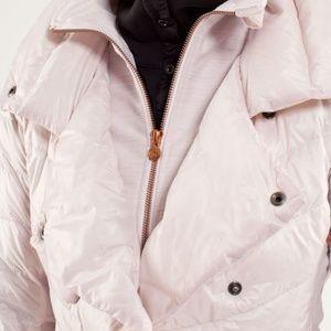 Lululemon Pedal Power jacket  Blush pink size 2